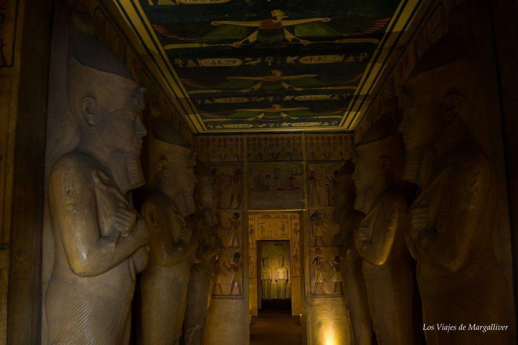 Entrada templo de ABU SIMBEL