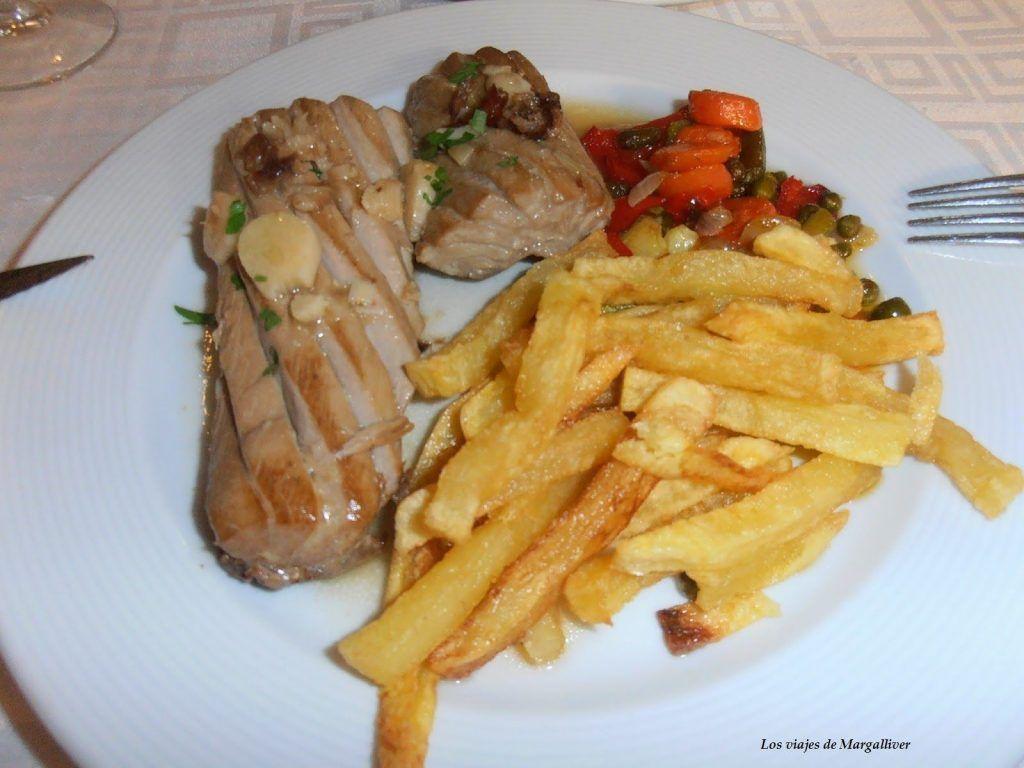 ventresta atun en restaurante de los barrios - Los viajes de Margalliver