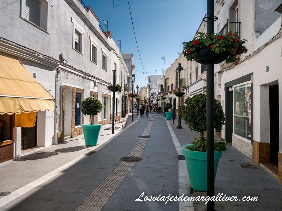 La calle Charco en Rota, la calle peatonal con más vida de Rota - Los viajes de Margalliver