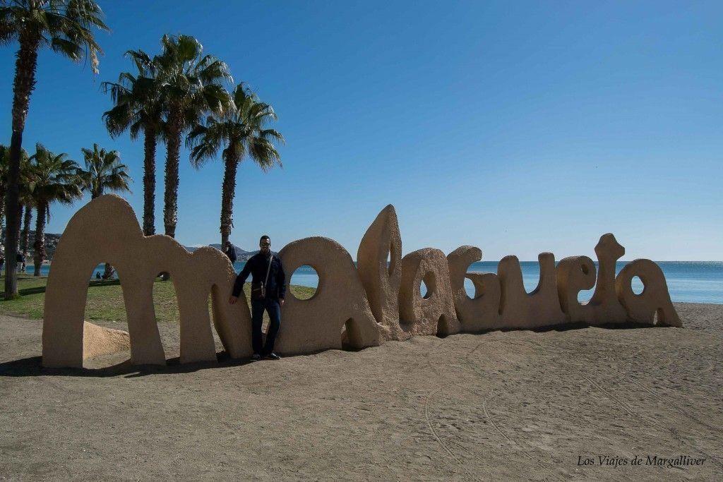 Kike en la playa de la malagueta en Málaga - Los viajes de Margalliver