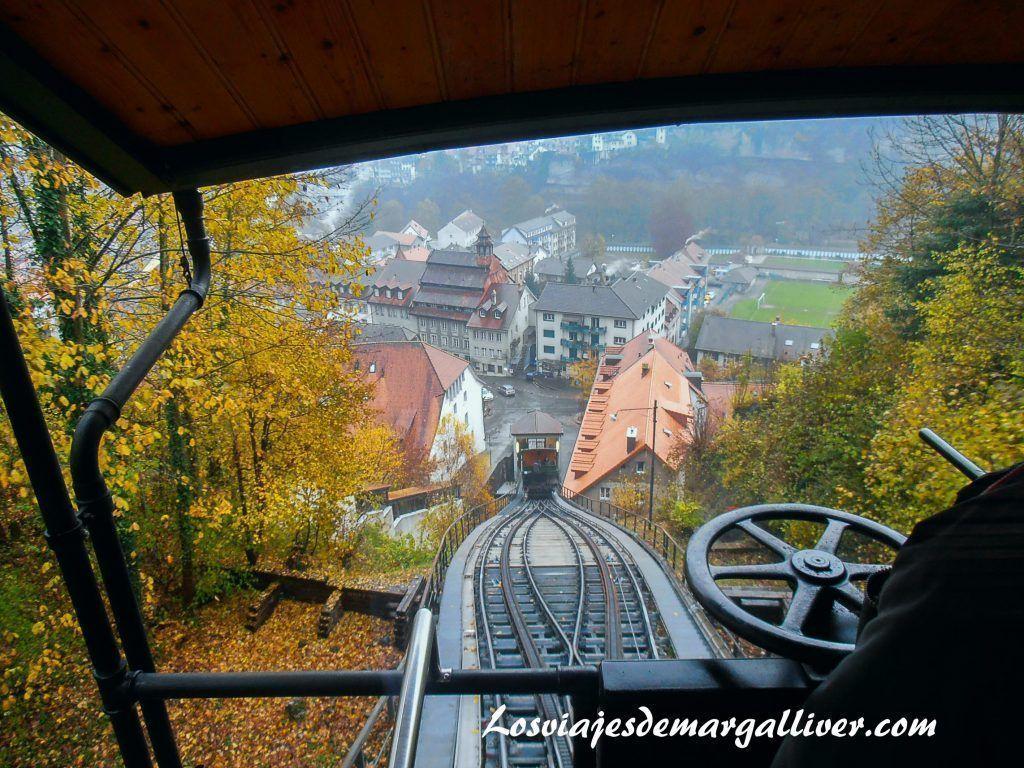 Funicular de Friburgo que incluye la Swiss Pass - Los viajes de Margalliver