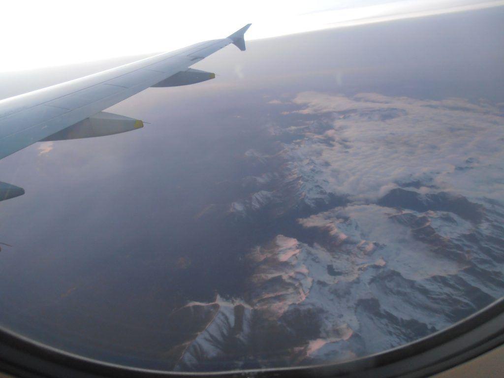 vistas de  los alpes desde el avión - Los viajes de Margalliver