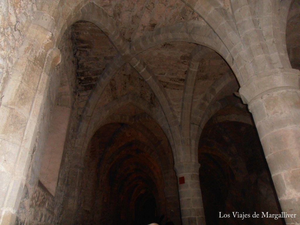 Bóvedas del castillo de Chillon - Los viajes de margalliver