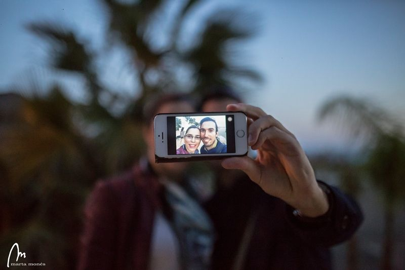 foto de una foto de un movil en el photowalk de Marbella - Los viajes de Margalliver