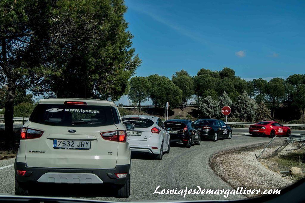Los coches Ford camino de Osuna - Los viajes de Margalliver