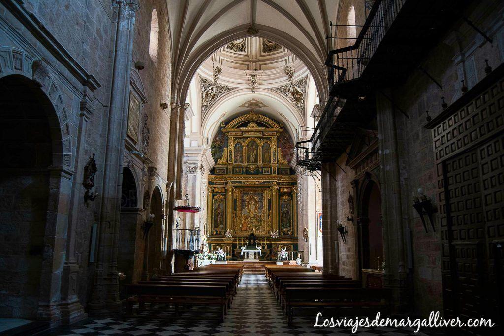 Iglesia de San Mateo en Baños de la Encina - Los viajes de Margalliver