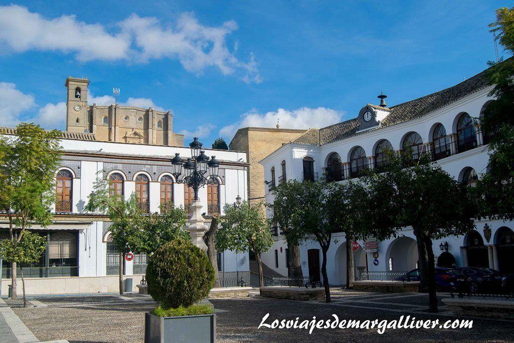Plaza Mayor de Osuna , a una hora de - Los viajes de Margalliver