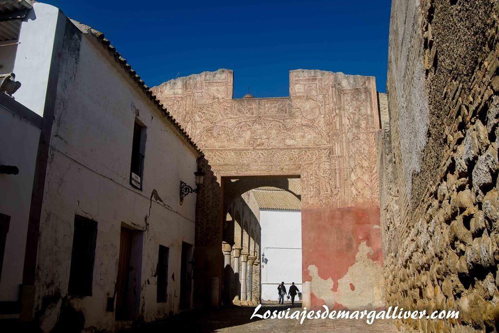 Entrada al palacio ducal en Marchena - Los viajes de Margalliver