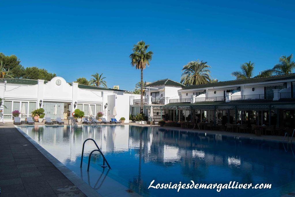 Piscina Hotel los Monteros MarbellaATB - Los viajes de Margalliver