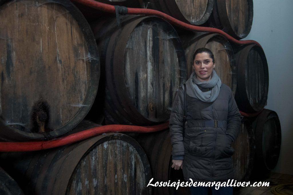 Bocoyes de 600 litros de la bodega Contreras Ruiz , en Enoberry - Los viajes de Margalliver