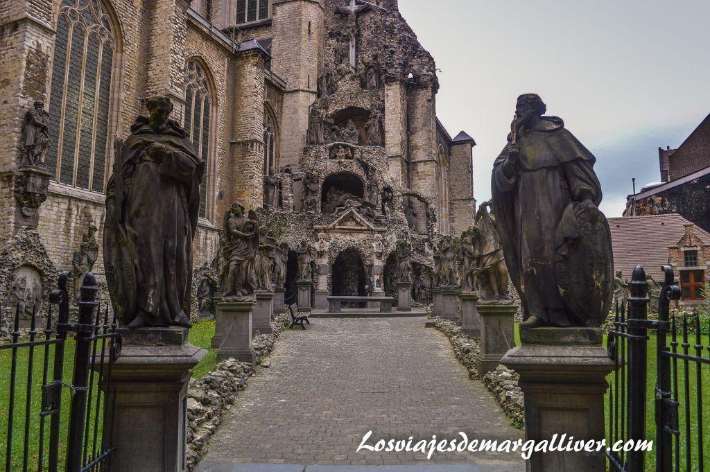 El calvario de la iglesia de san pablo, visitar Amberes en un día - Los viajes de Margalliver