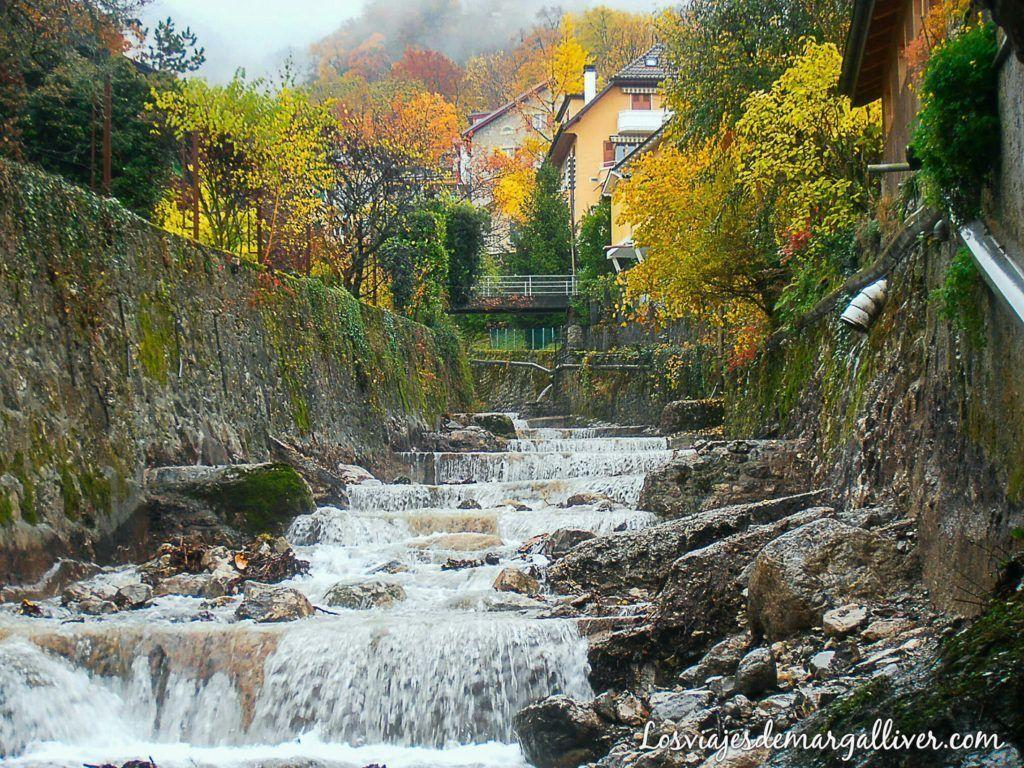 cascada en Montreux - Los viajes de Margalliver