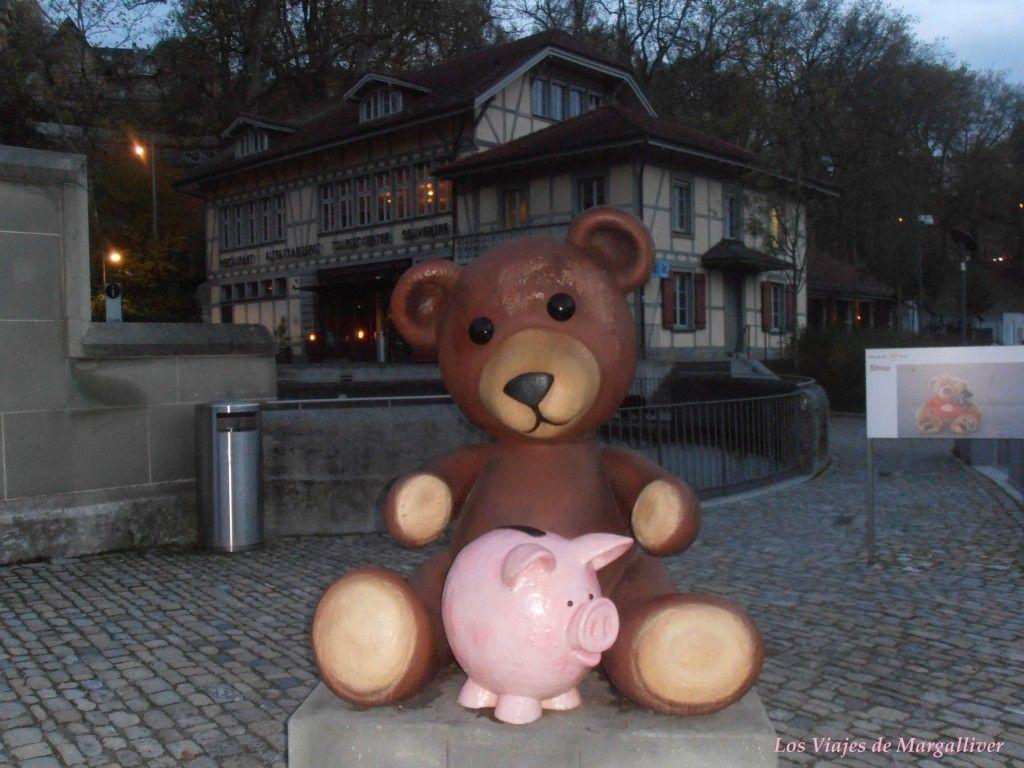 escultura oso berna en Suiza - Los viajes de Margalliver