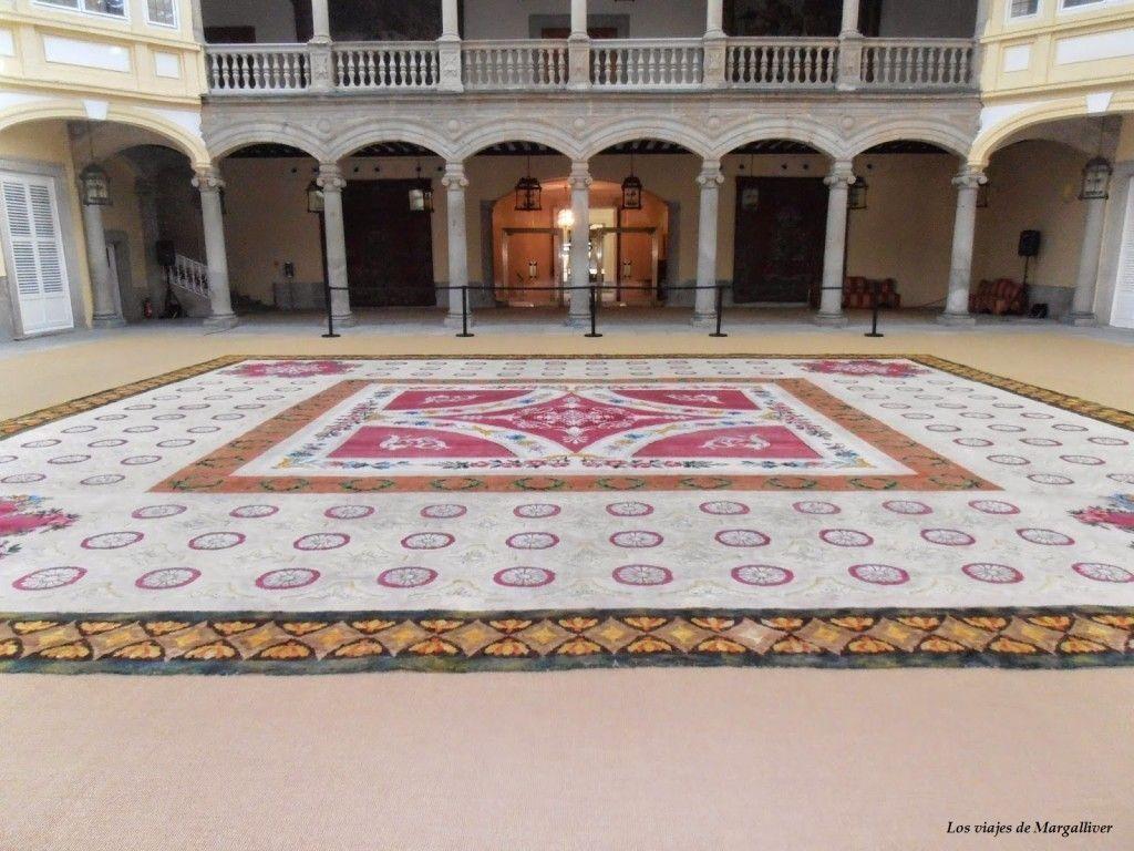 Entrada del Palacio del Pardo en Madrid - Los viajes de Margalliver