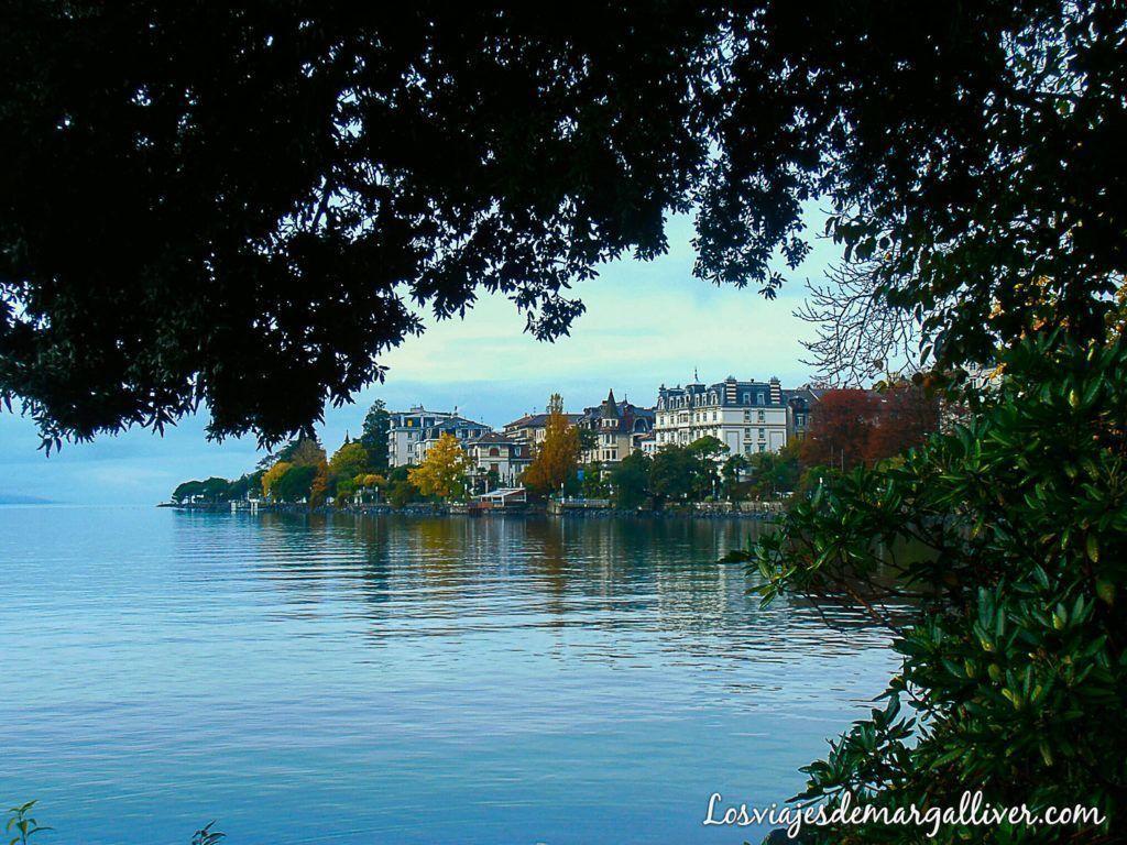 vistas del lago Leman, visitar Montreux - los viajes de margalliver