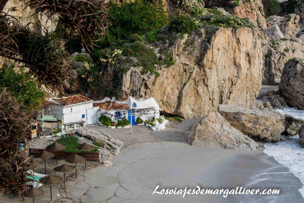 La casita blanca y azul de Nerja - Los viajes de Margalliver