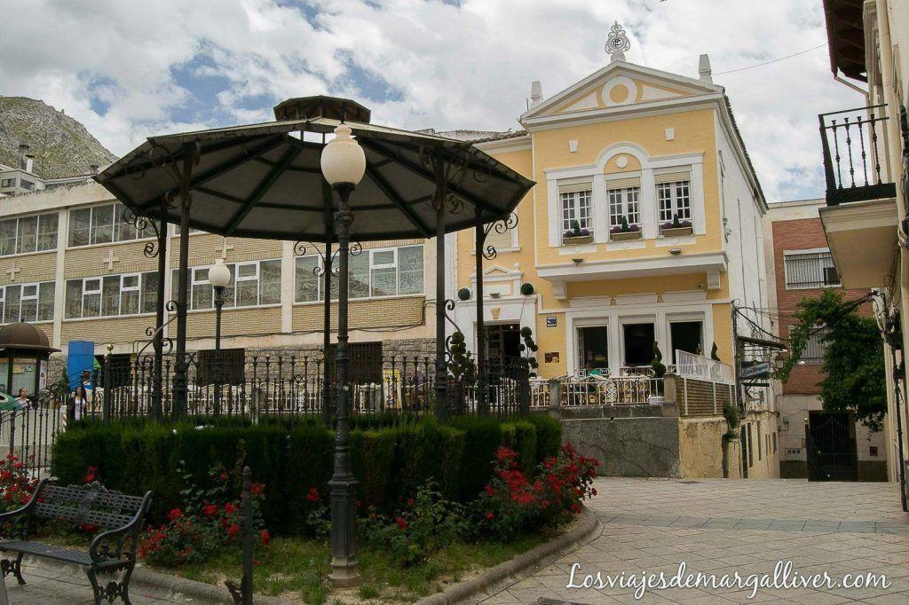 Plaza de la fuente nueva en Martos - Los viajes de Margalliver