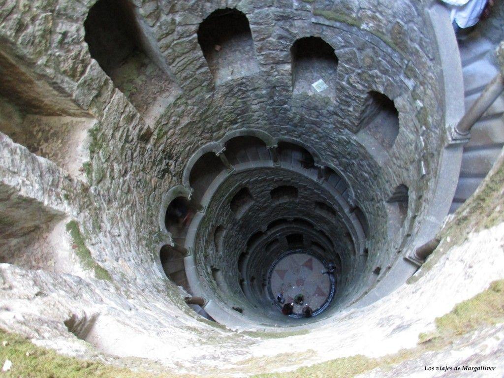 Pozo iniciático de la Quinta da Regaleira , visitar Sintra - Los viajes de Margalliver
