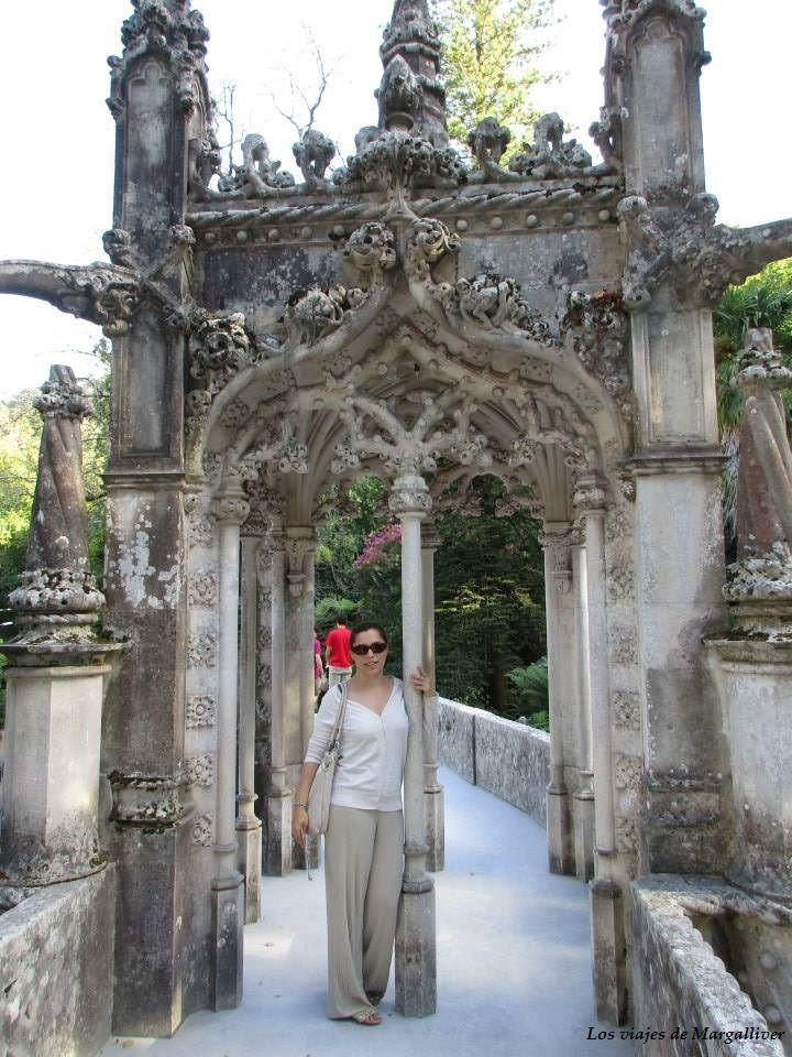 Puerta de la Quinta da Regaleira , Visitar Sintra - Los viajes de Margalliver