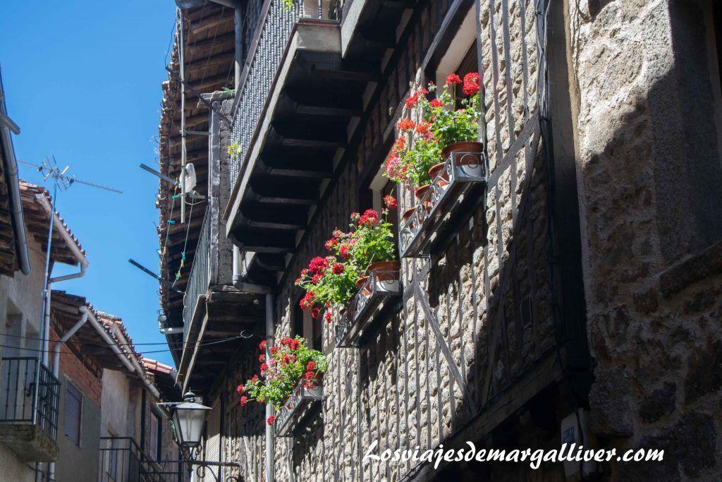 Que ver en la Alberca, fachada de una casita-Los viajes de Margalliver