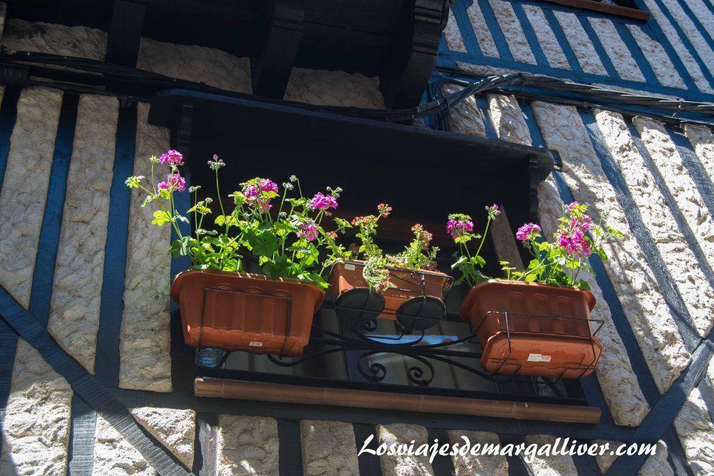 detalle balcón en la Alberca - Los viajes de Margalliver