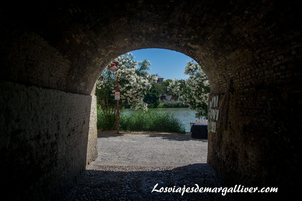 Callejón de la Inquisición en Sevilla - Los viajes de Margalliver