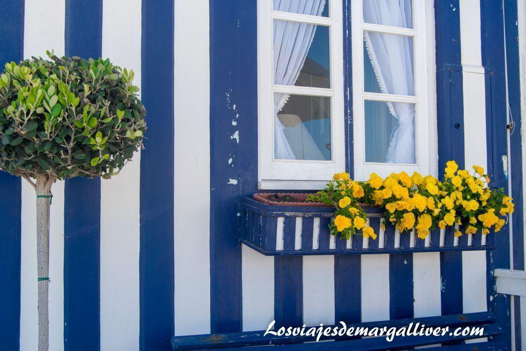 Detalle de una casa en Costa Nova, Aveiro - Los viajes de Margalliver