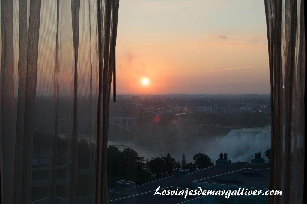 vistas desde la habitación del hotel Hilton en Niágara,hoteles en la costa este de Canadá - Los viajes de Margalliver