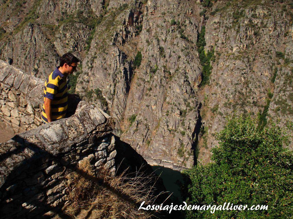 cañones del sil en nuestra ruta por la ribeira sacra - Los viajes de Margalliver