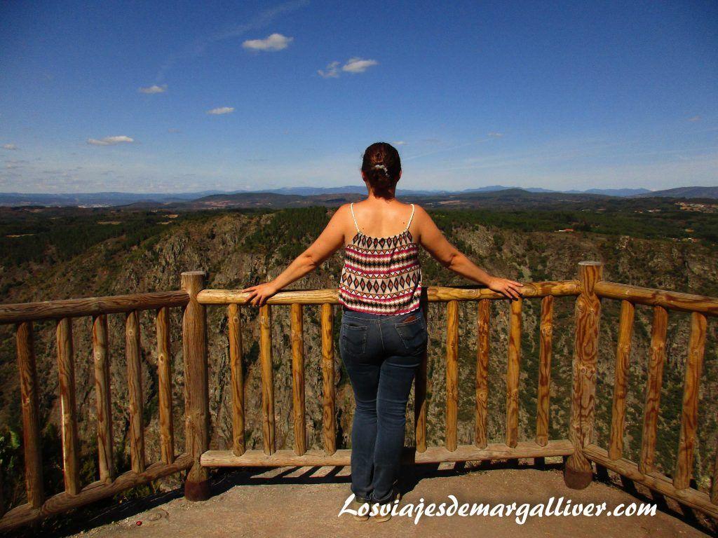 Margalliver en los balcones de Madrid, la Ribeira Sacra - Los viajes de Margalliver