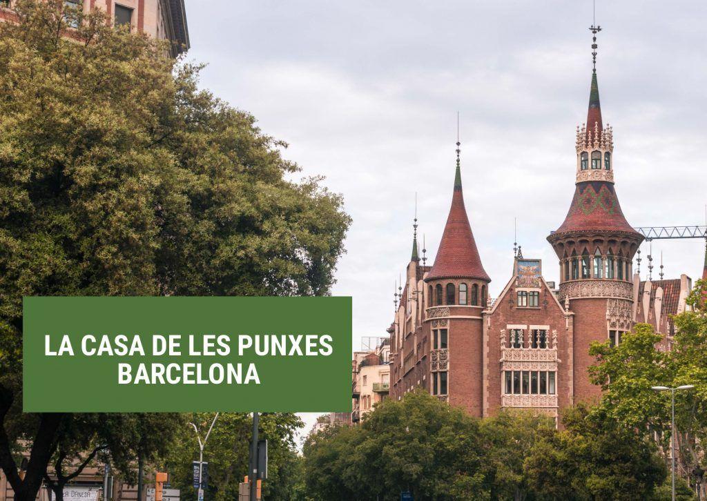 Casa de les Punxes en Barcelona - Los viajes de Margalliver