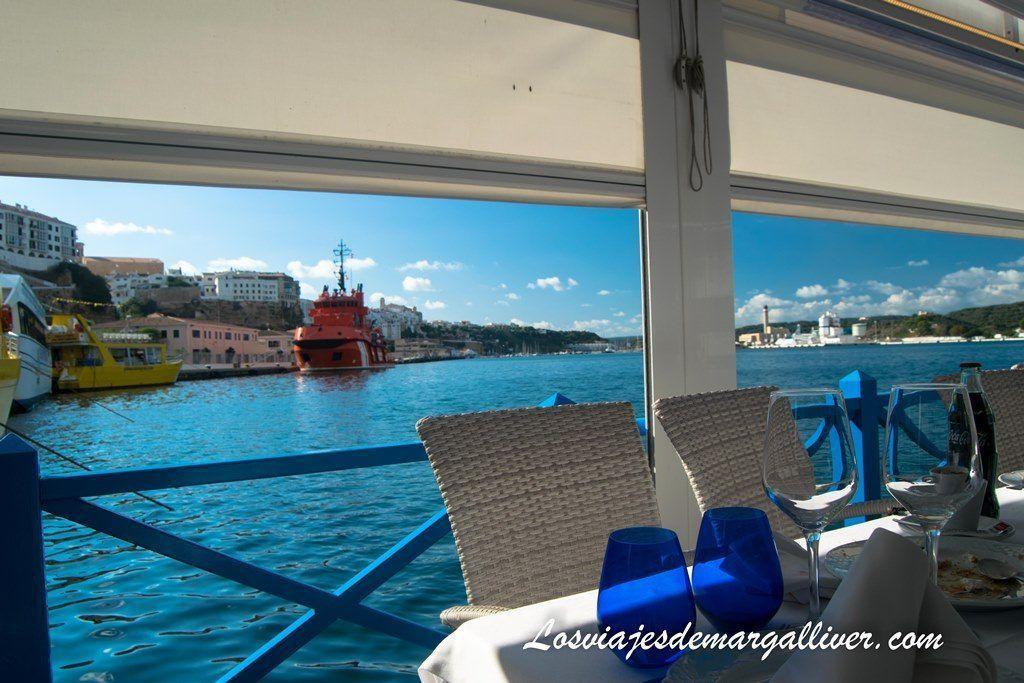 Restaurante la minerva en Mahón, con vistas espectaculares, Menorca en Invierno - Los viajes de Margalliver