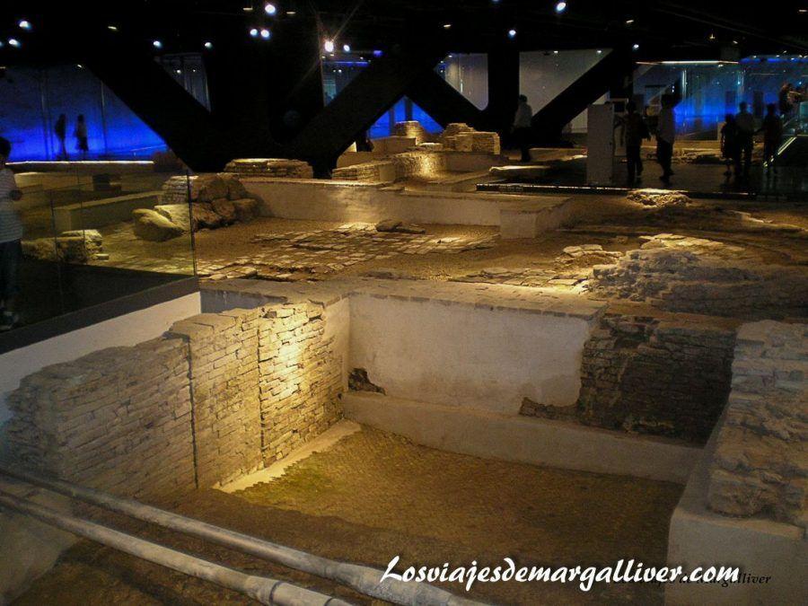 Antiquarium de Sevilla, situado en la setas de la Encarnación - Los viajes de Margalliver