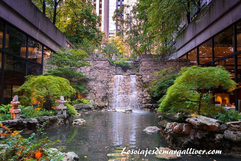 Cascada del hotel Sheraton en Toronto , hoteles en la costa este de Canadá - Los viajes de Margalliver