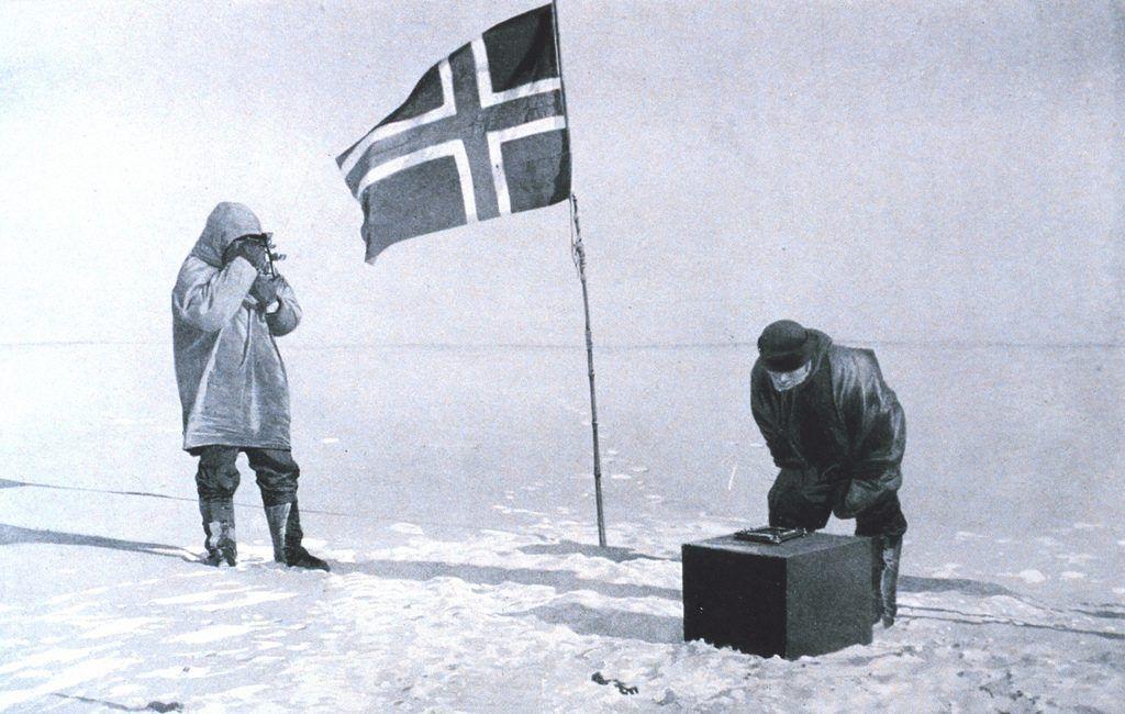 Roald Amundsen y Robert Falcon scott alcanzando el Polo Sur - Los viajes de Margalliver