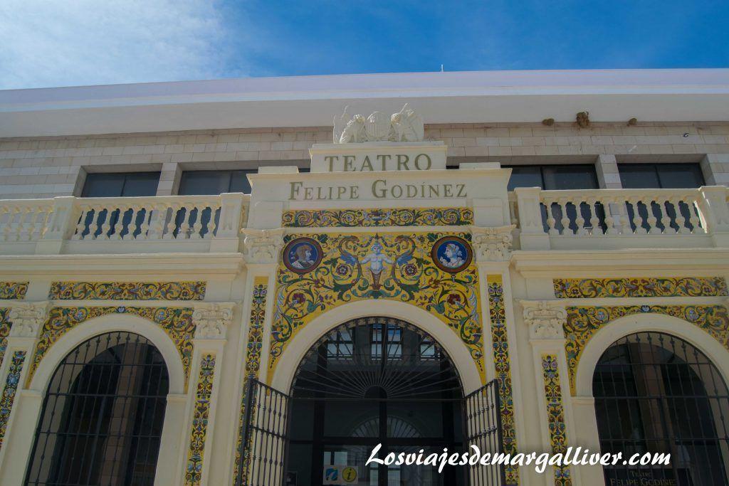 Qué ver en Moguer , el teatro Felipe Godínez en Moguer - Los viajes de Margalliver