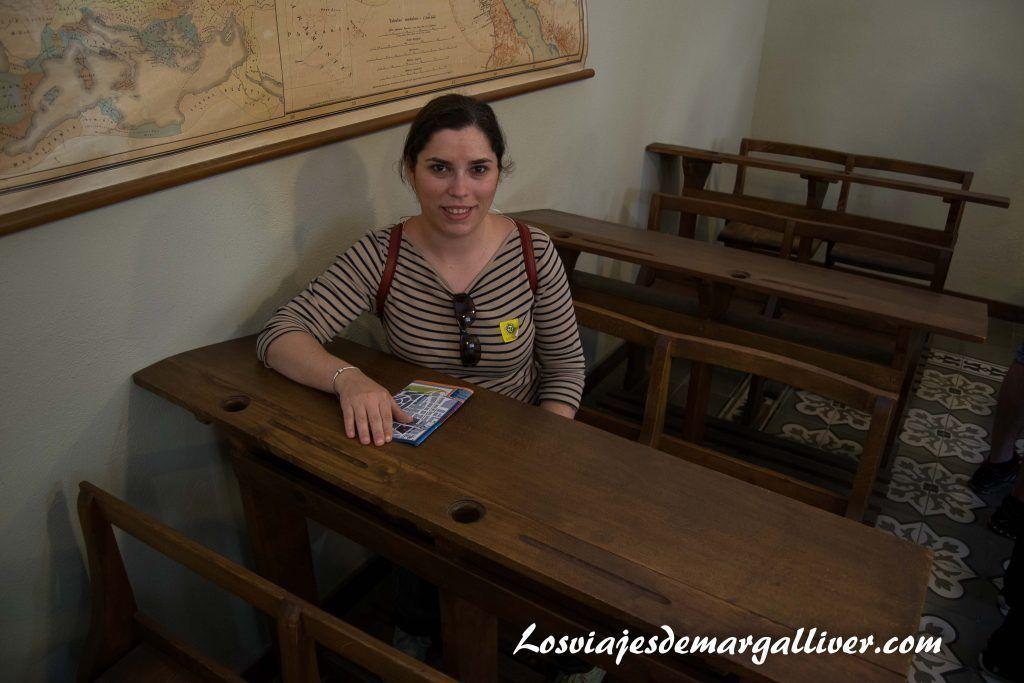 aula antonio machado en Baeza - Los viajes de Margalliver