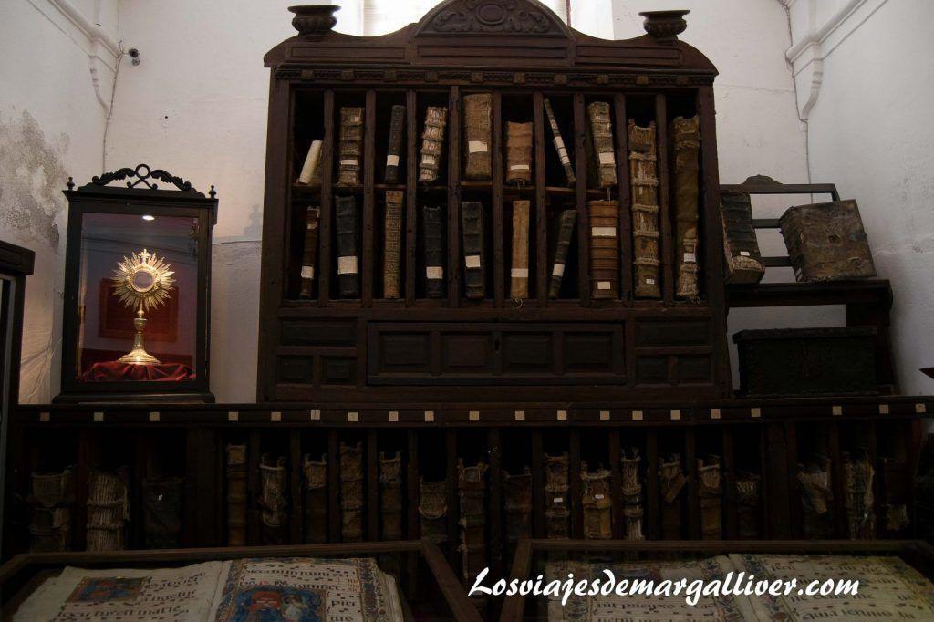interior catedral de Baeza - Los viajes de Margalliver