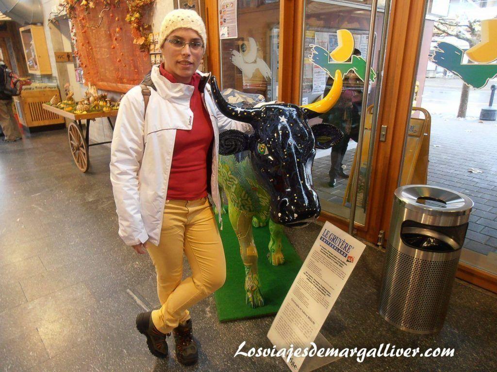 Entrada en la fabrica de quesos Gruyere, Que ver en Gruyeres en un día - Los viajes de Margalliver