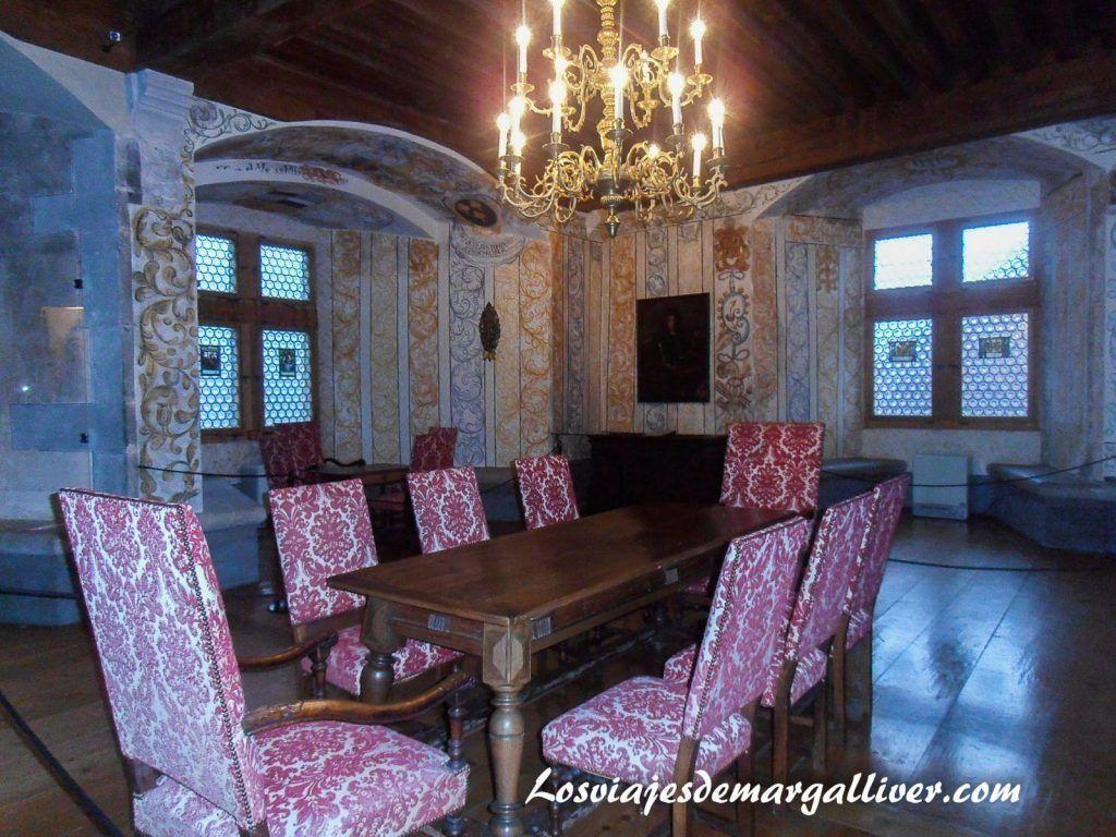 Salon del castillo ST Germain, que ver en Gruyeres en un día - Los viajes de Margalliver