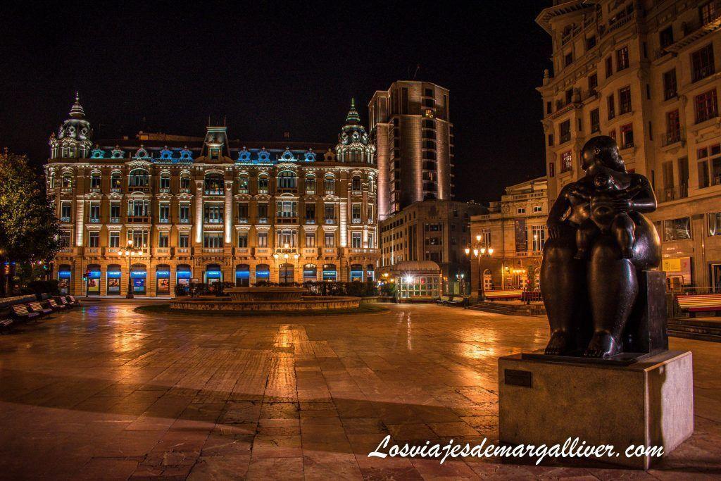 La plaza de la escandalera y Botero, que ver en Oviedo en dos días - Los viajes de Margalliver