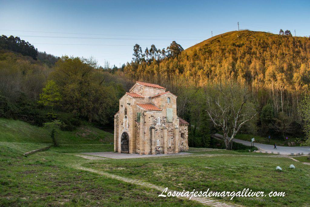 San Miguel de Lillo, monumentos prerromanicos, que ver en Oviedo en dos días - Los viajes de Margalliver