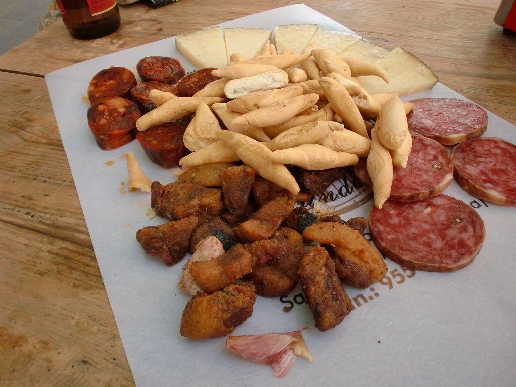gastronomía sevillana en sus tapas - Los viajes de Margalliver