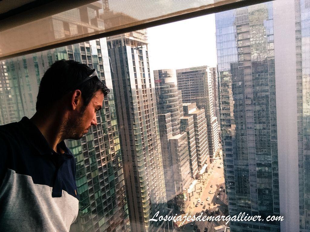 Vistas desde nuestra habitación en la planta 32 , 10 cosas que hacer en Montreal - Los viajes de Margalliver