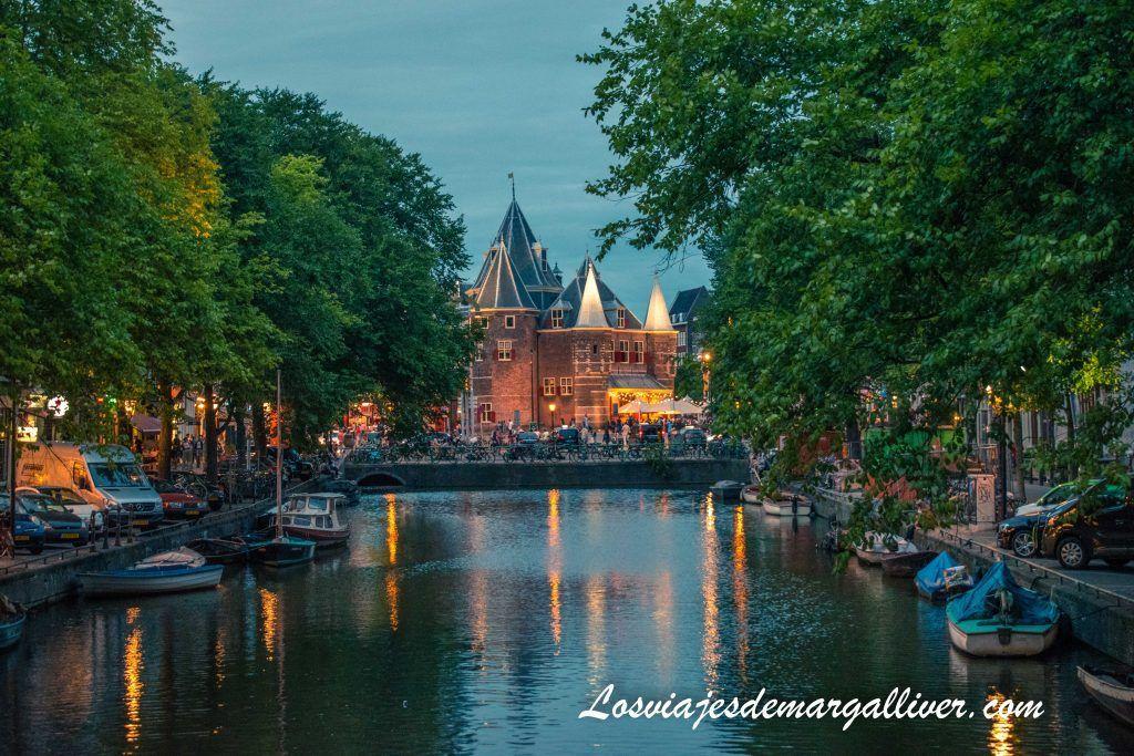 Castillo De Waag - Ámsterdam en 3 días - Los viajes de Margalliver