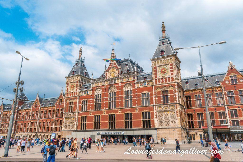 Station Center o Estación Central de Ámsterdam - Ámterdam en 3 días - Los viajes de Margalliver