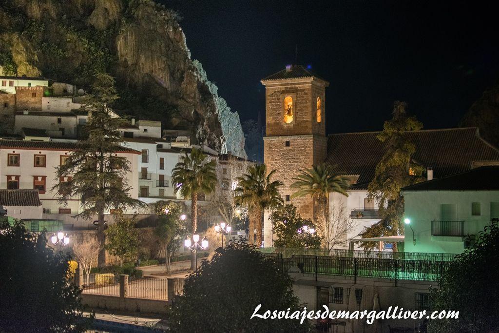 Vista nocturna de Cambil , pueblos de Jaén - Los viajes de Margalliver