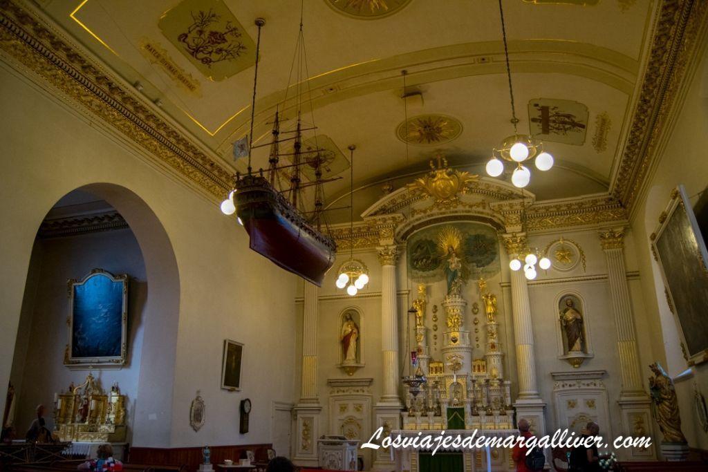 Iglesia de Notre-Dame-des-Victoires en Quebec en un día - Los viajes de Margalliver