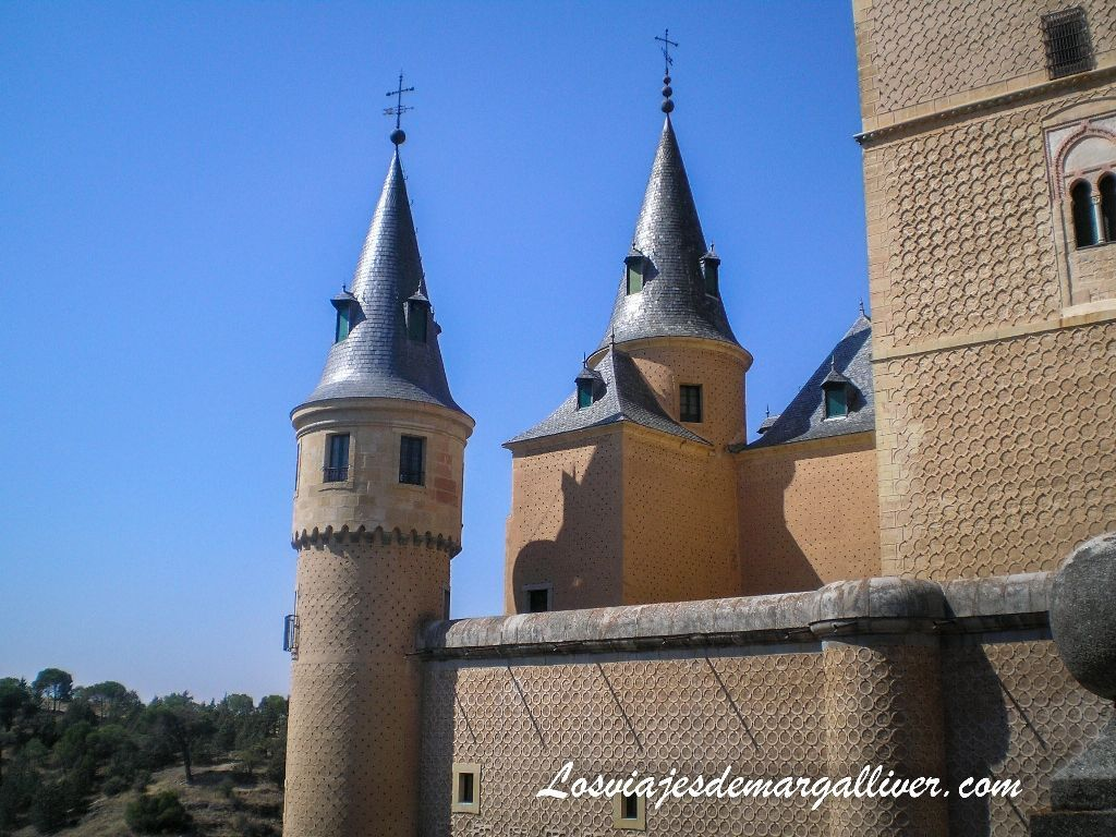 Alcazar de Segovia, uno de los castillos mas bonitos del mundo - Los viajes de Margalliver