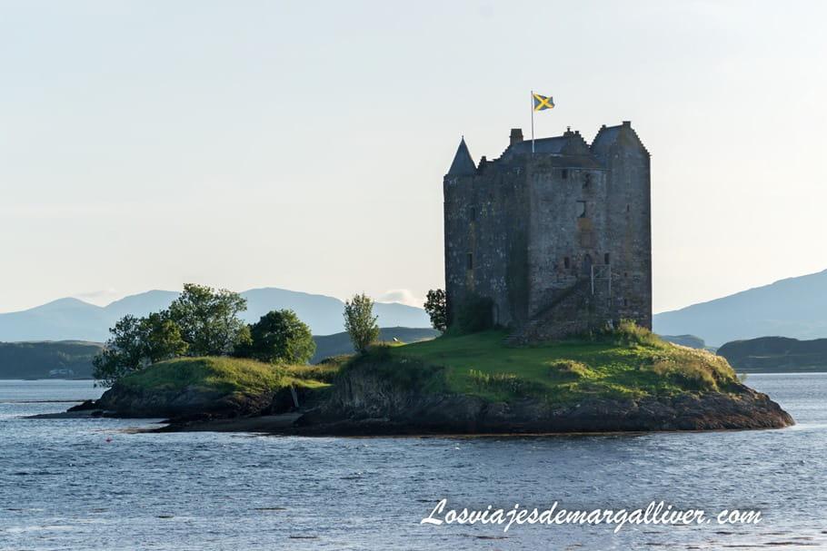 Castillo Stalker, uno de los más bonitos de nuestra ruta en coche por Escocia - Los viajes de Margalliver
